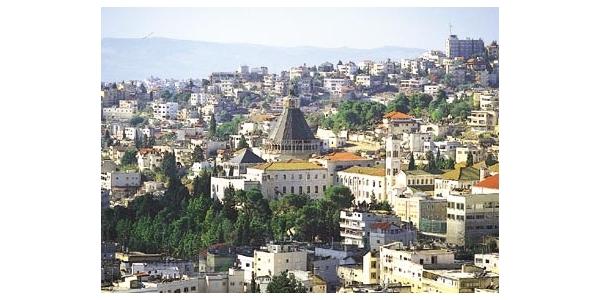<나사렛 : Nazareth ><br> <나사렛 : Nazareth > 예수님이 공생애를 시작하시기 전까지 사셨던 남부 갈릴리에 있던 마을이다(눅 2:39, 51). 이곳은 에스드렐론 평야가 보이는 스불론 지경에 위치해 있었다. 팔레...